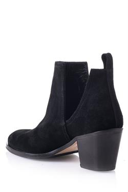 Cut - Out  Bootie  - Amaranda